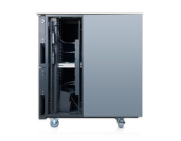 Sound insulated server cabinet 24U - Internal side view